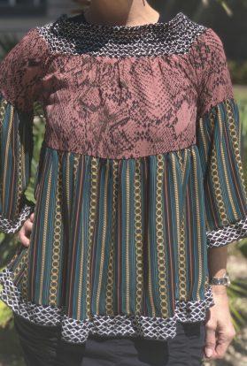 Chain ruffled bell sleeve blouse